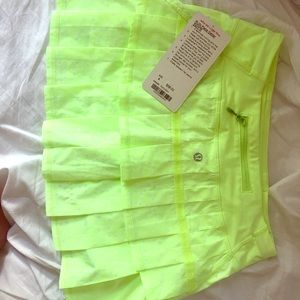 Lulu lemon Run:Pace -Setter Skirt